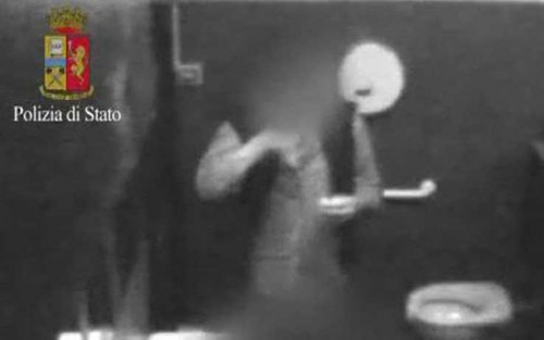 video_polizia_discoteca_milano.jpg