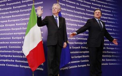 Piazza Affari in calo, spread Btp-Bund a 490 Ue: «Monti riconquisterà fiducia dei mercati». Monti a Bruxelles, parte la missione europea